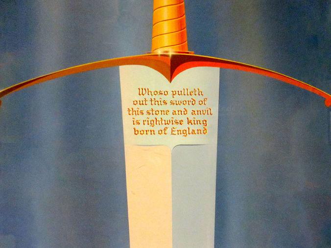 Espada Arturo del cuento Merlín El Encantador